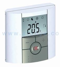 Термостат комнатный электронный Watts BTD 2x1,5В НО-НЗ с дисплеем арт.10025806