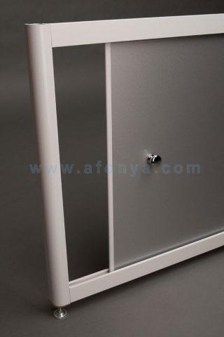 Алюминиевый экран для ванны